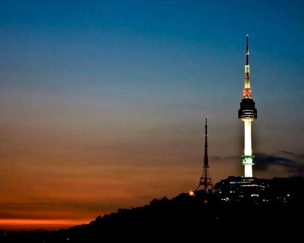 Намсан башня вечером