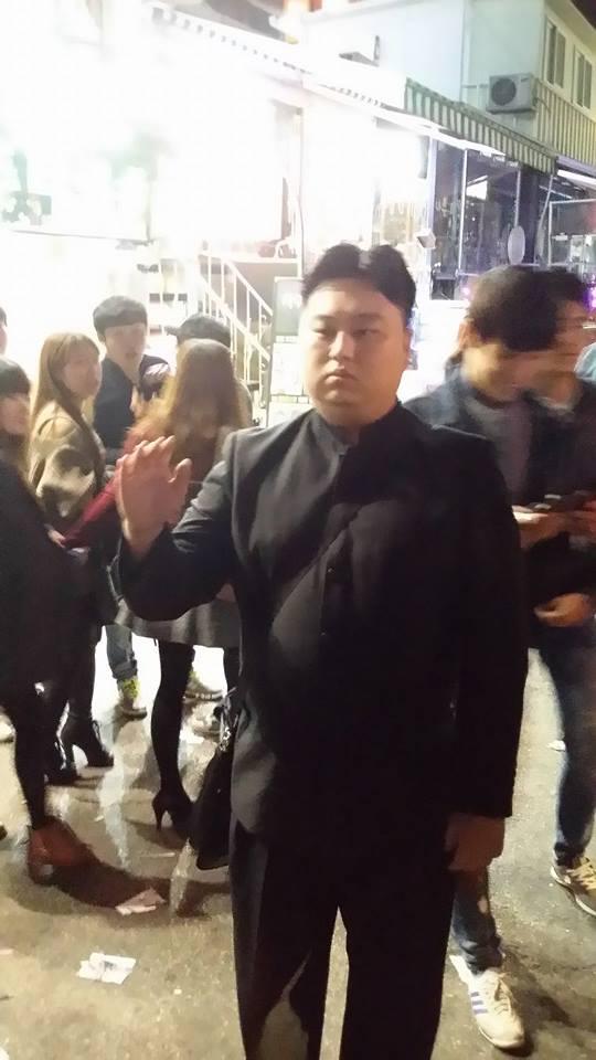 Лидера Северной Кореи встречают в Южной Корее