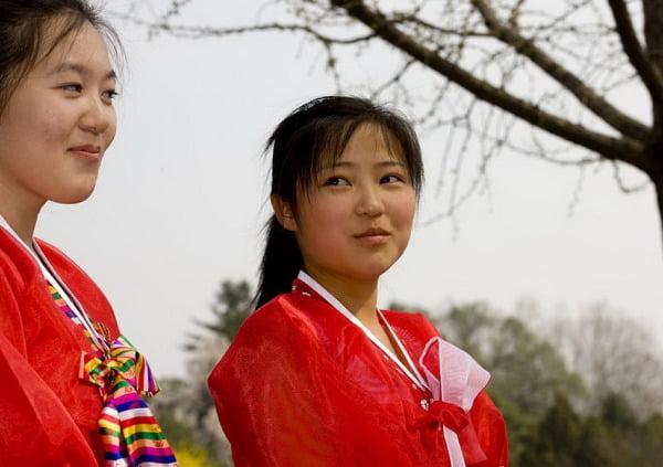 Корейские девушки с севера
