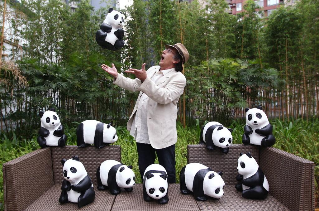 Выставка панд, скульптор Поль Гранжен