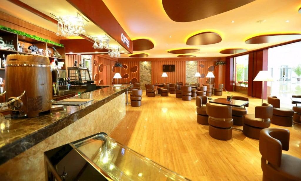 Ресторан в аэропорту Пхеньян