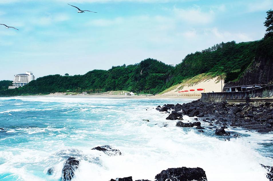 Чунмун пляж на острове Чеджу