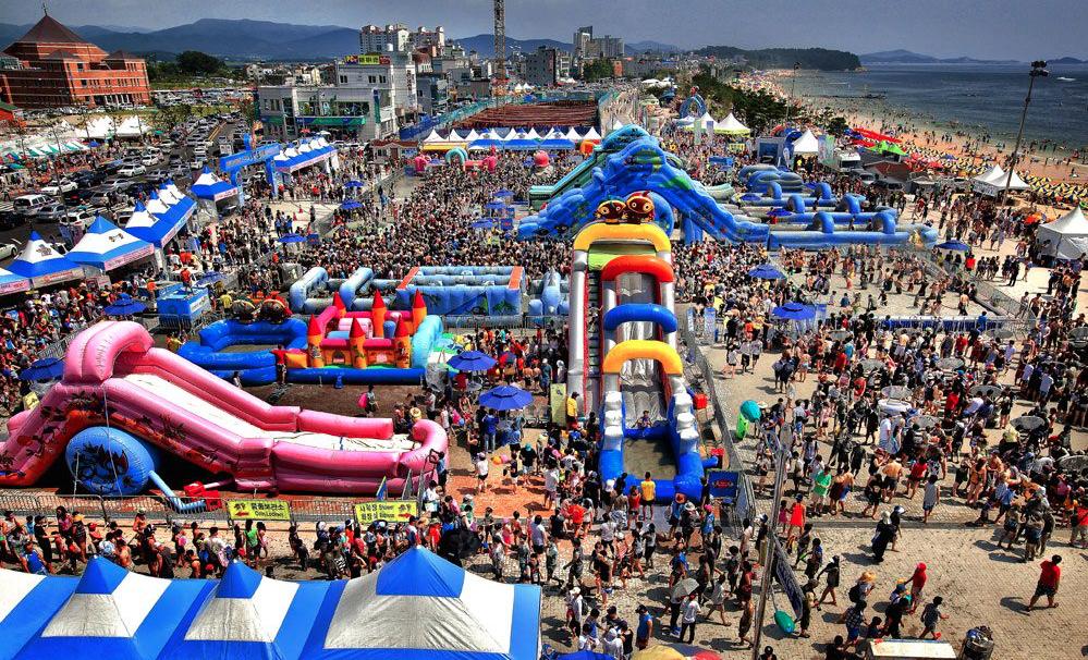 Порёнский фестиваль грязи в Корее