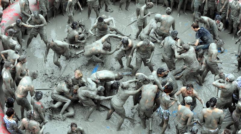 Фестиваль грязи в Корее